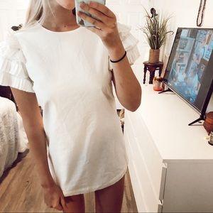 White Ruffle Sleeve Dress Size Xs